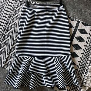 Navy + white fit and flare skirt size 2 Banana